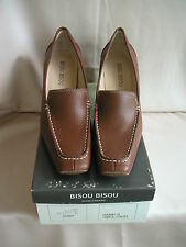 Bisou Bisou Brown Leather Shoes with a Faux-Wood Heel Size 8 1/2 Medium