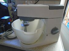 VINTAGE KENWOOD CHEF MIXER A701, WITH K BEATER