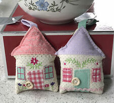 GISELA GRAHAM EMBROIDERED FABRIC COTTAGE HANGING DECORATION COUNTRY HOME GIFT