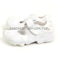 Nike Wmns Air Rift White/White-Pure Platinum Classic Sneakers 2017 896283-100