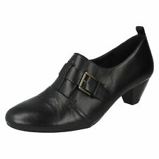 SALE LADIES CLARKS BLACK LEATHER MID HEEL SMART COURT SHOES SIZE HOORAY LAUGH