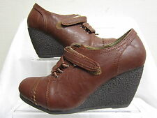 """Ladies Spot On Brown Lace Up & Velcro Brogue Style Shoes with 3"""" Wedge F9253"""