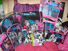 MONSTER HIGH:~BACK TO SCHOOL BAGS,ART/STATIONERY/PEN SETS,PENCILCASE&HAIR SETS
