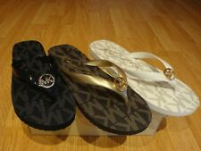 NEW Women MICHAEL Michael Kors Jet Set Rubber Flip Flop BLACK/GOLD/Vanllia 6-11