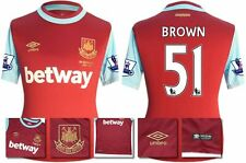 *15 / 16 - UMBRO ; WEST HAM UTD HOME SHIRT SS + PATCHES / BROWN 51 = SIZE*