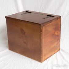 Small Wooden Box - Enclosed Lid
