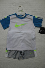 NEW BOYS NIKE 2 PIECE SET SHIRT AND SHORTS OUTFIT NWT $40 WHITE GRAY BLUE GREEN