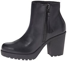 Madden Girl Womens COMO Round Toe Ankle Platform Boots