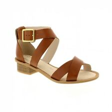 Clarks Sandcastle Ray - Tan Leather (Brown) Womens Sandals