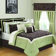 Kyle II Sage and Brown 16-piece Quilted Comforter Bed in a Bag
