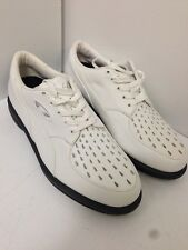 Ladies Oakley Golf Vented Daisy Cutter Golf Shoes Size 5 **NEW**