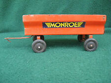 VINTAGE MONROE TRACTOR TOY FARM EQUIPMENT TRAILER WAGON
