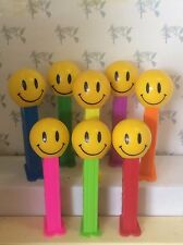 PEZ - Funky Faces - Smiley Face -  5.9 Slovenia - Choose stem color