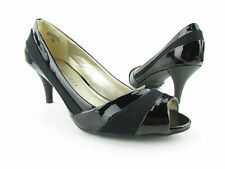NEW With Box Women's Karen Scott Mia Peep Toe Classic Pump