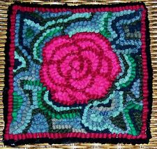 ROSEY POSEY  Primitive Rug Hooking KIT WITH #8 CUT WOOL STRIPS