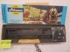 ST-254 Athearn HO 4931 C44-9W Gull Wing Santa Fe Version Undecorated