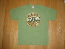 NEW MEN'S GREEN EAT DRINK HOOTERS COME PLAY WITH US FLORIDA SIZE M,L,XL,XXL