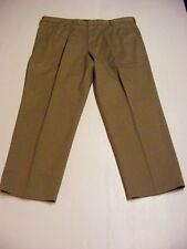 NEW Dockers Mens True Chino Pleated D4 Relaxed Fit Khaki Sizes 30 32 34 38