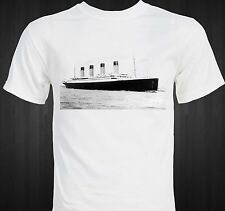 TITANIC - RMS Titanic - Cruise Ship - Epic Disaster - Historical Photo T-shirt