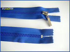 No 5 zip with plastic teeth.Closed ended. Different lengths (from 10 to 60 cm)