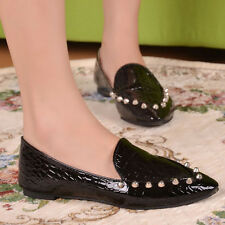 Fashion Autumn  New retro rivet crocodile shoes pointed flat shoes to help low F