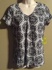 "Women's ""Made For Life"" Activewear top  shirt White/Black NWT Size S"