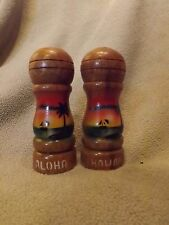 "VINTAGE Hand Painted WOODEN ""Aloha"" & ""Hawaii"" SALT & PEPPER SHAKERS"