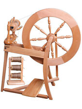 Ashford Traditional Single Drive Spinning wheel + $55 BONUS of Spinning Fiber