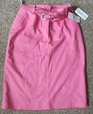 Ladies Size 10 'GELCO' Pink Skirt - New with Tags.