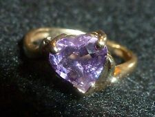 10K SOLID YELLOW GOLD HEART AMETHYST RING WITH DIAMOND ACCENTS  - SIZE 6
