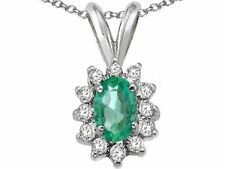 Oval 7x5mm Emerald Pendant Necklace
