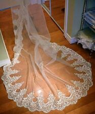 2016 Vintage Bling Cathedral Wedding Veil Lace Applique Beads Bridal Veil + Comb