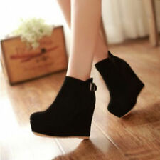 Elegant Women's Buckle Faux Suede Side Zippers Platform High Wedges Ankle Boots
