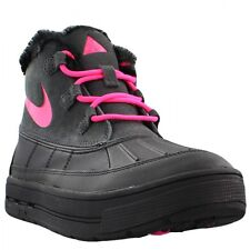 Nike Woodside Chukka 2 Big Kids (GS) Black/Pink Sizes 4-7 New In Box 859425-001