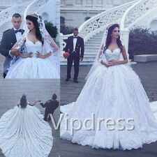 Sweetheart Wedding Dresses Sleeveless Lace Applique Bridal Ball Gowns Long Train