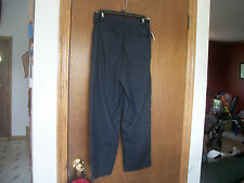 Basic Edition Wrinkle Stain Resistant khakis 14 Regular  NWT Pleated