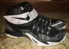 NIKE LeBron Zoom Soldier VIII Basketball Shoes Sneakers Black White NEW Mens 17