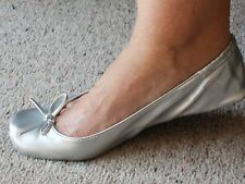 LADIES ROLL FOLD UP WOMEN PARTY HANDBAG FLAT SHOES POCKET PUMPS IN BAG  SILVER