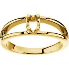 Custom Made One-Stone Mothers Ring in 14 kt Yellow Gold, Choose Your Stones