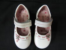 *SALE* Girls Startrite Shoes In White Leather With Pink Trim 'Ella' F Fitting