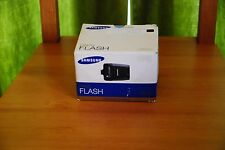 Samsung SEF20A Shoe Mount Flash Nex New Box TTl