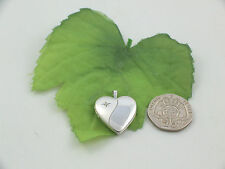 Sassi SL1020 Medium Size 925 Sterling Silver Diamond Set Heart Shape Locket