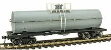 Atlas 3006501 O Undecorated 11,000-Gallon Tank Car with Platform - 2-Rail