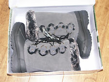 bnwt Khombu Women's/ladies  Arctic Boot size 3/4 black/grey or brown