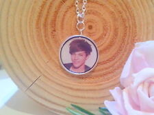 GIRLS*ONE DIRECTION PENDANT NECKLACE*GIFT*STOCKING FILLER*FAMILY*SILVER PLATED