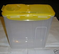 HPL951 LOCK AND LOCK TALL SLENDER FLIP TOP CEREAL CONTAINER WITH LID 4.1 QUARTS