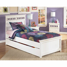 Signature Design by Ashley Zayley White Panel Bed with Trundle