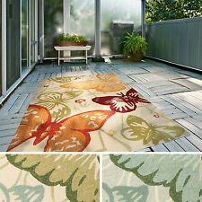 Hand-Hooked Melody Transitional Butterfly Indoor/Outdoor Area Rug (2' x 3')