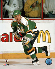 Neal Broten Minnesota North Stars NHL Action Photo HP084 (Select Size)