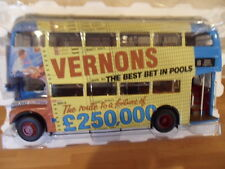 "SUNSTAR"" VERNONS POOLS"" LONDON TRANSPORT ROUTEMASTER BUS 1.24 SCALE BOXED"